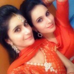Pakistani Twin Sisters 150x150 Pakistani College Girls Pictures