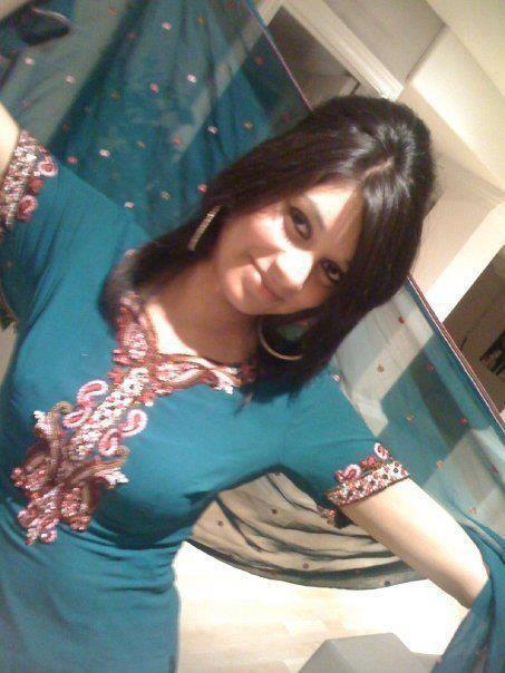 Desi teen wants to win the school039s beauty pageant - 3 1