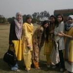 Pakistani Girls Beautiful Pics