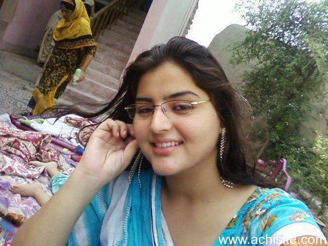 beautiful pakistani nude women pics