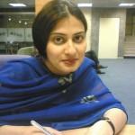 Pakistani Smart & Sexy Aunty