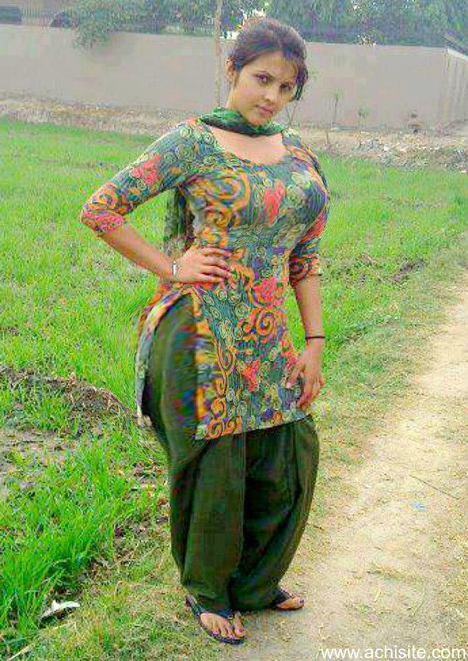 Desi girl with cute structure - 1 part 1